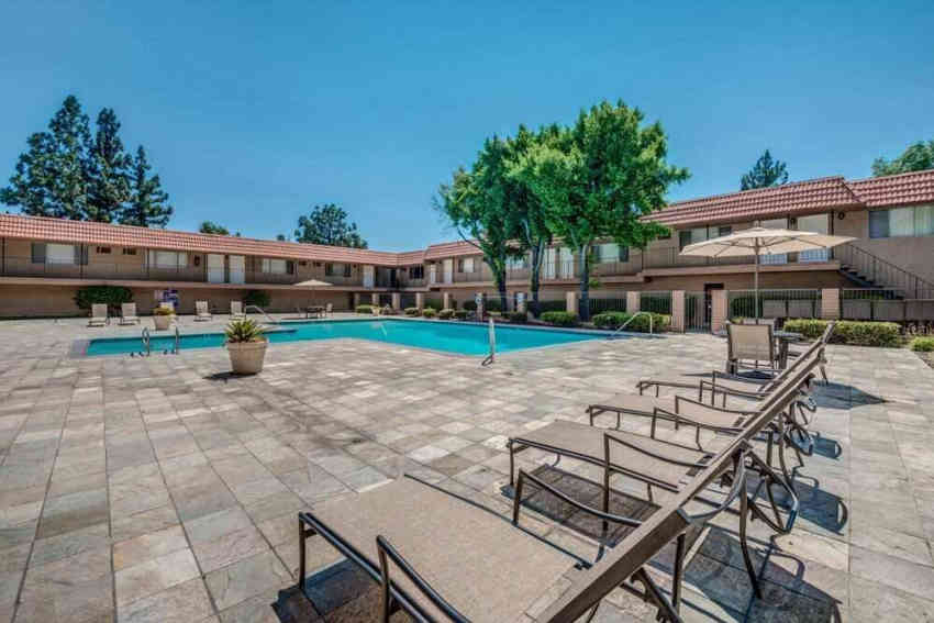 Canyon Club Apartments - Upland, CA 91786