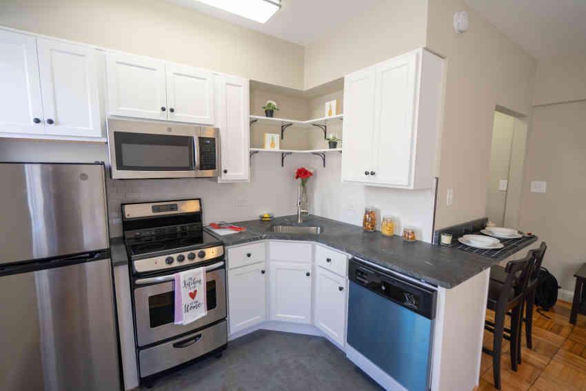 Meridian Heights Apartments - Washington, DC 20009