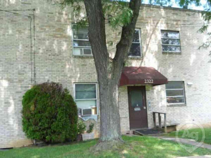 Muhlenburg Lakeview Apartments - Allentown, PA 18104