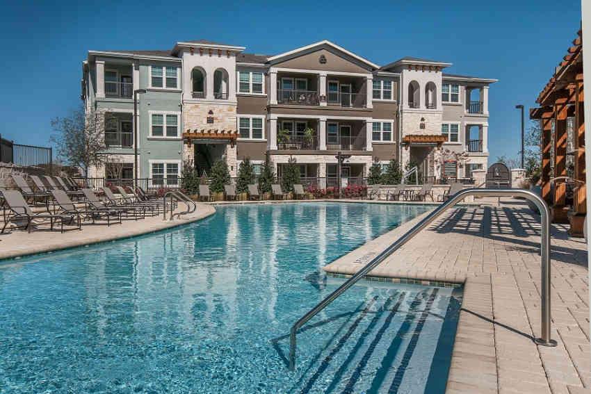 Wiregrass at Stone Oak Apartments - San Antonio, TX 78258
