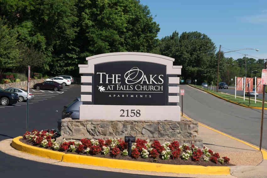 The Oaks At Falls Church