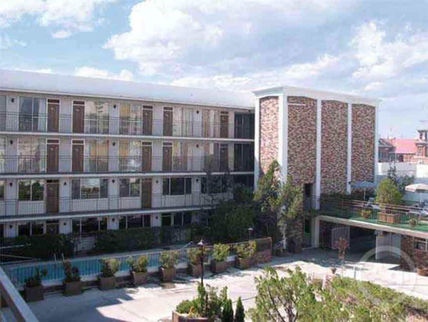colonial garden court - Garden Court Apartments