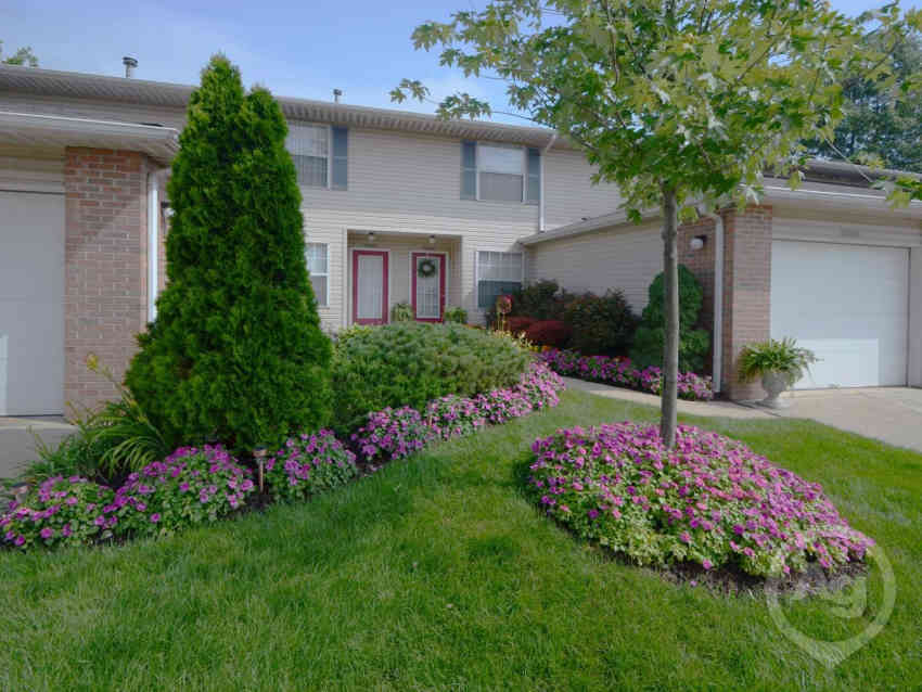 Winfield Commons Apartments - Westlake, OH 44145
