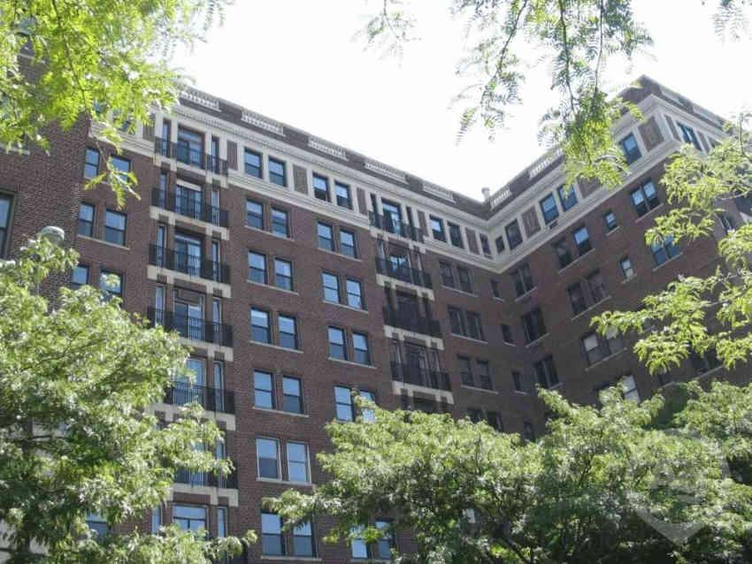 1 12 - Garden Court Apartments