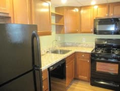 200 Piper Drive Kitchen
