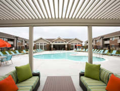 Pool and Grilling Area
