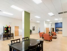 Resident lounge at 2101 S. Michigan Apartments