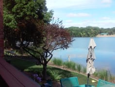 bldg deck lakeside
