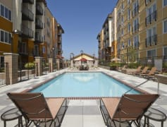 Beautiful pool and spa at The Reserve Apartments lets you take advantage of sunny days in Seattle