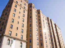 Pasadena Apartments - Detroit