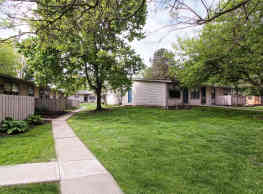 Willowood Apartments - Wooster