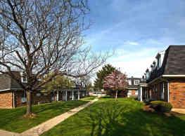 Dannybrook Apartments - Williamsville