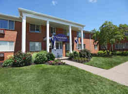 Greystone Apartments & Townhomes - Rochester