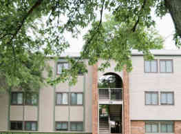 Landmark Village Apartments - Fairborn