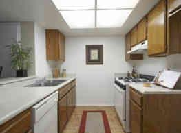 Stonewood Apartment Homes - Riverside