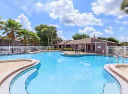 Moncler Willow Lake Apartments - Lutz