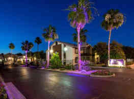 Sterling Point Apartments - Phoenix