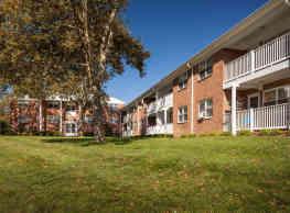 Crestview Apartments - Parlin
