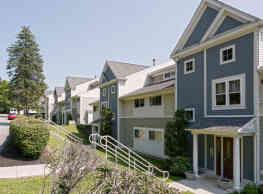The Residences At Beacon Village - Burlington