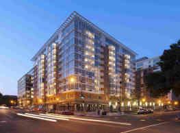 Residences on The Avenue - Washington