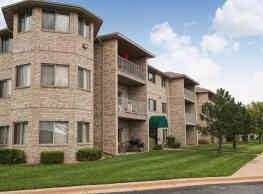 East Hampton Estates - Wichita