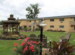 Strasburg Court Apartments - West Chester