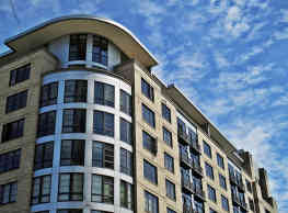 Burlington Tower - Luxury Apartment Homes in The Pearl - Portland
