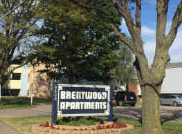 Brentwood Apartments - Wichita