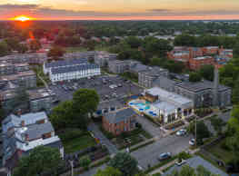 The Gallery - Midtown Apartments - Richmond