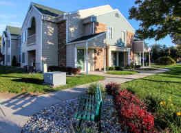 Lake Village of Port Huron Apartments - Port Huron