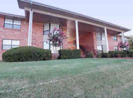 La Villa Apartments - Oklahoma City