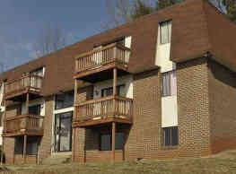 Hill Court Apartments - Collinsville
