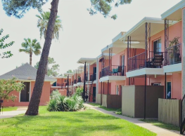 Coral Bay Apartments - Seabrook