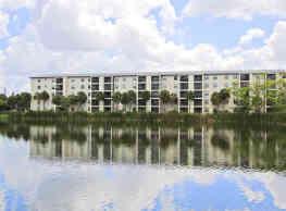 Bayshore Apartments - Bradenton