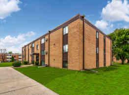 Silver Leaf Apartments - Grand Forks