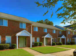 Mission College Apartments - Norfolk