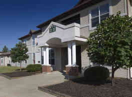 Chesterfield Village Apartments - Springfield