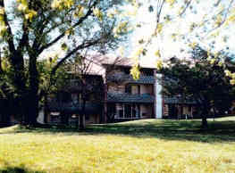 Racquet Club Apartments - West Chester