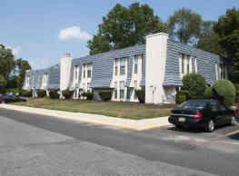 Pine Ridge Apartments - Lindenwold