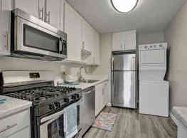 Howard Crossing Apartment Homes - Oella