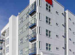 606 Apartments - Bremerton