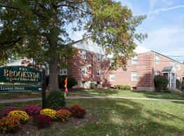 Brooksyde Apartments - West Hartford