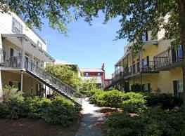 The Garden District - Auburn