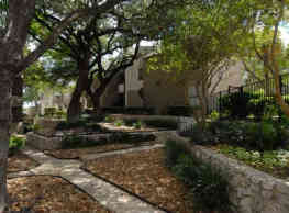 4000 Horizon Hill Apartments - San Antonio