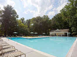 Ellicott Grove Apartments - Ellicott City