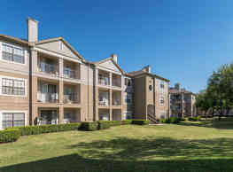 Parkway Place Apartments - Dallas