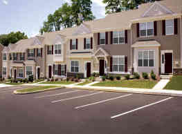 Emerald Pointe Townhomes - Harrisburg