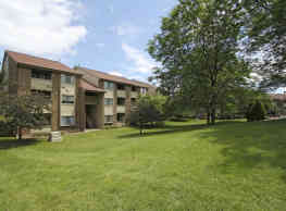 Ridgewood Village Apartments - Grand Rapids