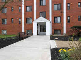 Whitehall Place Apartments - Pittsburgh