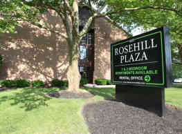 Rosehill Plaza - Reynoldsburg